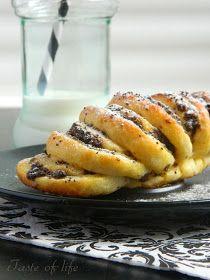 Taste of life: Lepeza pecivo Kiflice Recipe, Kolaci I Torte, Serbian Recipes, Cake Cookies, Buffet, French Toast, Bakery, Deserts, Dessert Recipes
