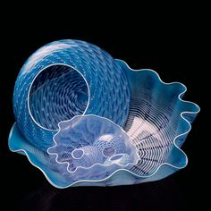 Dale Chihuly Gorgeous Art-Glass Blue Sculpture♥♥ (research name of piece) Blown Glass Art, Art Of Glass, Stained Glass Art, Glass Vase, Cut Glass, Fused Glass, Dale Chihuly, Sculpture Art, Sculptures