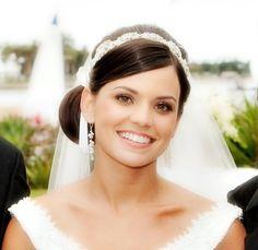 Wedding Hair: Gorgeous Updos | InsideWeddings.com