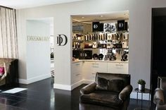 Visiting Chicago? Start the trip with a blow out at Dream Dry, Waldorf Astoria Chicago.
