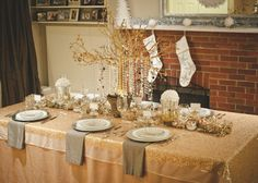 beautiful table setting for a glam holiday party. Also, awesome site for party planning ideas.
