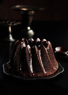 Chocolate Espresso Bundt Cake with Dark Chocolate Cinnamon Glaze 2 by Sweetapolita, via Flickr