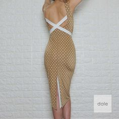 Porto - White polka dots on beige Argentine Tango, Tango Dress, Got The Look, Fashion Sewing, Dance Dresses, Persian, Night Out, Pin Up, Polka Dots
