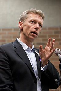 James Orbinski Physician, writer and humanitarian activist. Nobel Peace Prize MSF, HIV/AIDS, An Imperfect Offering: Humanitarian Action for the Century Positive Characteristics, Nobel Prize Winners, Hiv Aids, Past Presidents, Fascinating Facts, Nobel Peace Prize, First Health, University Of Toronto, Keynote Speakers