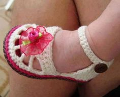 crochet-baby-shoes-47