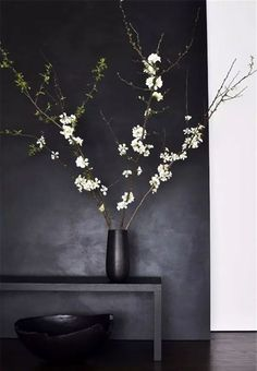 Weekend decorating idea: decorating with cherry blossoms | The Decorista | Bloglovin'