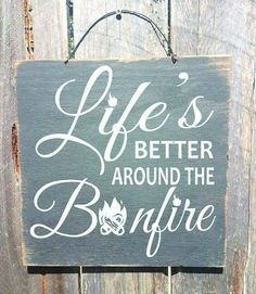 bonfire sign camping decor camping sign camp decor bonfire sign campfire decor LIfe is Better Around The Bonfire 91 by FarmhouseChicSigns on Et Patio Signs, Pool Signs, Backyard Signs, Camping Glamping, Camping Theme, Camping Crafts, Camping Humor, Diy Camping, Camping Stuff