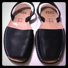More Pictures of Pons Sandals Used in great condition Pons Shoes Flats & Loafers