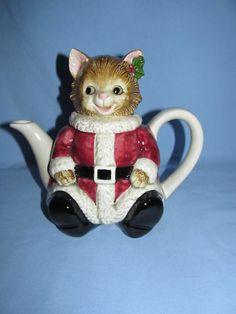 Otagiri Santa teapot