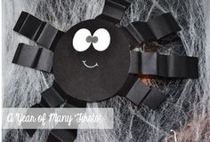awesome spider craft....super simple and fun!