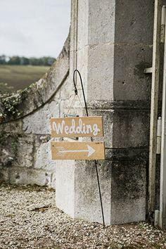 Pretty Chateau Lasfargues real wedding | www.onefabday.com