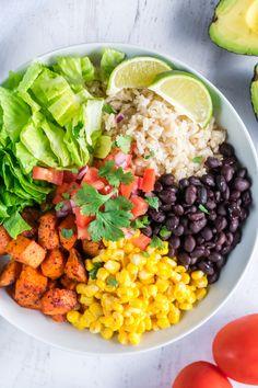 Vegetarian Burrito, Vegetarian Recipes Easy, Veggie Recipes, Healthy Recipes, Vegan Vegetarian, Sweet Potato Rice, Salad With Sweet Potato, Lettuce Recipes, Salad Recipes