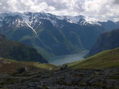 Aurland, Sogn og Fjordane, Norway. www.inatur.no/storviltjakt/50f3f383e4b0a76bd875d218/hjortejakt-aurland-i-sogn-og-fjordane | Inatur.no Hunting License, Norway, Adventure, Mountains, Nature, Travel, Nature Pictures, Naturaleza, Viajes