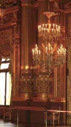 Opéra, Palais Garnier - Chandelier and Columns