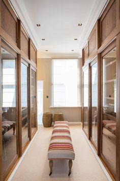 Chique e funcional: a reforma de uma casa típica de Londres