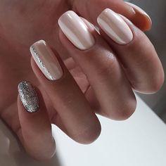 Pin by Lisa Firle on Nageldesign - Nail Art - Nagellack - Nail Polish - Nailart - Nails in 2020 Glitter Nails, Fun Nails, Pretty Nails, Sparkly Nails, Bridal Nails, Wedding Nails, Sparkle Wedding, Ivory Wedding, Rustic Wedding