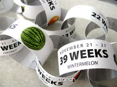 Count down each exciting week of your pregnancy with these custom paper chains! Each link counts down a new week indicating which week youre on, the Pregnancy Countdown, Pregnancy Tips, Pregnancy Announcement To Siblings, Baby Announcements, Boy Vs Girl Pregnancy, Sibling Pregnancy Reveal, Baby Countdown, Big Brother Announcement, Pregnancy Tracker