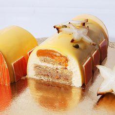 цитрусовое полено. получилось очень вкусно!!!😉 внутри: миндальный бисквит, марципановый слой, воздушный сливочный мусс, желе манго-маракуйя-абрикос, глазурь цитрусовая #mango #apricot #passionfruit #cake #biscuit #jelly #tasty