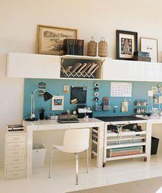 Oficina con estanterías besta