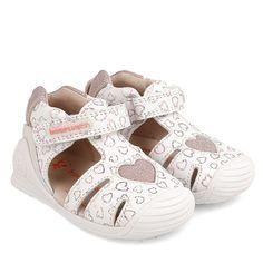 Sandały dziewczęce Baby Shoes, Kids, Clothes, Model, Fashion, Hearts, Young Children, Outfits, Moda