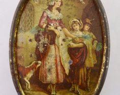 Vintage Yardley's Old English Lavender Tin - Empty by vintagecornerbazaar. Explore more products on http://vintagecornerbazaar.etsy.com