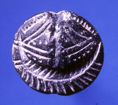 Bronze age Etruscan seal from Crete C.1600BC Ashmolean museum