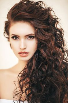 11 Prettiest Curly Hairstyles For Long Hair To make You Look Cute - when you are blessed with natural curls you should find the curly hair styles naturally long. Face Shape Hairstyles, Permed Hairstyles, Braided Hairstyles, Wedding Hairstyles, Volume Hairstyles, Hairstyle Braid, Stylish Hairstyles, Dance Hairstyles, Braid Bangs