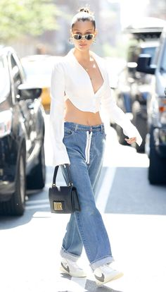 Bella Hadid Out in New York 07/18/2017. Celebrity Fashion and Style   Street Style   Street Fashion
