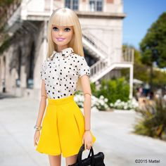 Love to add a little sunshine to my Spring looks! ☀️ Love to add a little sunshine to my Spring looks! Barbie Style, Barbie Fashionista, Barbie Life, Barbie World, Barbie Dress, Barbie Clothes, Barbie Tumblr, Look Formal, Barbie Collection