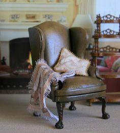 Antique leather Sherlock Holmes Armchair for Dollhouse