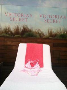@VictoriasSecret this #VSTeenyBikini is ready for some sun!