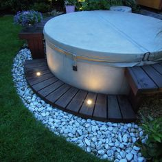 Exterior Design, Interior And Exterior, Hot Tub Surround, Kleiner Pool Design, Hot Tub Garden, Outdoor Spaces, Outdoor Decor, Patio Makeover, Home Spa