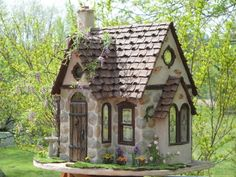 paper clay dollhouse | Buttercup Cottage Finshed with Paper Clay - The Dolls House Emporium ...