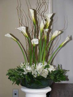 wedding flower arrangements with calla lilies