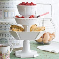 La Patisserie Compote Large in Gift Box 43047 - So Lovely Serving Dishes - Roses And Teacups - 1
