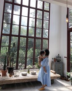 Mom and child cuddling in gorgeous greenhouse space. Wabi Sabi, Interior And Exterior, Interior Design, Industrial Style, Home And Living, Future House, Creative Design, Decoration, Living Spaces