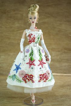 Creations, specializes in one-of-a-kind doll designs, formed by fashion designer, Mario Paglino and graphic art director, Gianni Grossi. Vintage Barbie Clothes, Doll Clothes Barbie, Barbie Dress, Vintage Dolls, Vintage Dresses, Doll Dresses, Barbie Doll, Doll Parts, Barbie Collector