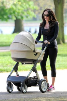 Tamara Ecclestone Yummy Mummy, Celebrity Moms, Celebs, Celebrities, Mom And Dad, Baby Strollers, Dads, Children, Fathers