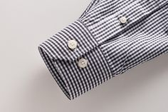 Men's dress shirt mitered cuff