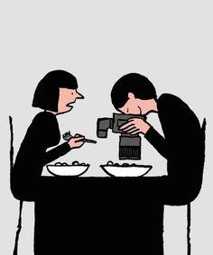Quadrinhos do artista Jean Julien retratam a vida moderna. Sobre esse quadrinho especificamente: que coisa mais over essa mania de fotografar o prato pra postar, acho uma cafonice.
