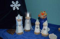 Winter peg dolls