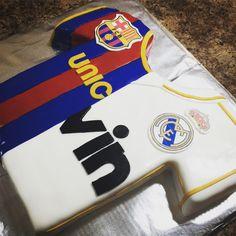 Real Madrid Vs Barcelona Real Madrid, Barcelona, Soccer, Pastel, Valentines, Cakes, Sports, Valentine's Day Diy, Hs Sports