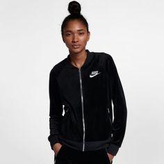 Découvrez les Veste en velours Nike Sportswear pour Femme sur Nike.com. Livraison et retours gratuits.