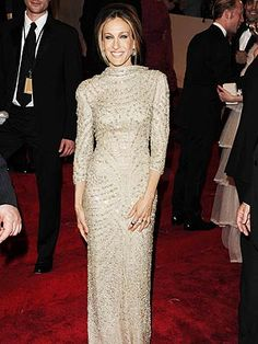 This is one of my favorite looks for SJP. At the Met Gala in 2011 wearing a gown by Alexander McQueen.