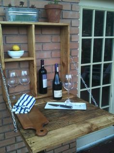 8 Space-Saving Table Ideas for Small Balcony Dining — Outdoo.- 8 Space-Saving Table Ideas for Small Balcony Dining — Outdoor Dining Small Balcony, Bar Made From Pallets, Sweet Home, Diy On A Budget, Space Saving Table, Outdoor Dining, Outdoor Kitchen, Diy Outdoor, Diy Outdoor Bar