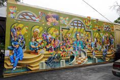 Mural in honor of victims, survivors and responders to the Orlando Pulse shooting. #orlandopulse #orlandostrong #orlandounited #lilsusieq #myfloridalife #travelblogger #blogger #michaelpilato #yuritykarabash #shooting #tragedy #pulsenightclub