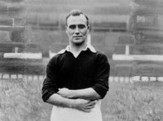 "Name: Thomas Bamford Position: Forward Birthdate: 02-09-1905 Birthplace: Port Talbot, Wales Height: 5' 9"" Weight: 11st 9lbs Nationality: Wales   Signing Information: Transferred from: Wrexham, 10/1934, £ Years at Club: 1934-1938 Debut: 20/10/1934 v Newcastle United (A) 1-0 (League Division Two) Previous clubs: Wrexham Farwell to Manchester United: Transferred to Swansea Town, 1938, £ Passed Away: 12/12/1967"