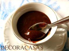 Receita brigadeiro de nutella de colher com sugestão para ser servido em xícaras de café: uma sobremesa que agrada a todos, fácil de fazer. Para lista completa de ingredientes e modo de fazer, acesse a postagem de Flávia Ferrari no DECORACASAS