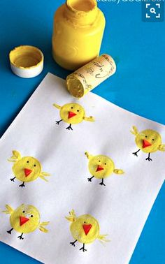 Drink up a bottle of wine so your kiddos can make these adorable wine cork chicks for an Easter craft! decorating bathroom Wine Cork Chicks Craft for Kids - Crafty Morning Family Crafts, Easter Crafts For Kids, Diy For Kids, Children Crafts, Easter Decor, Easter Centerpiece, Art Children, Easter Projects, Cork Crafts