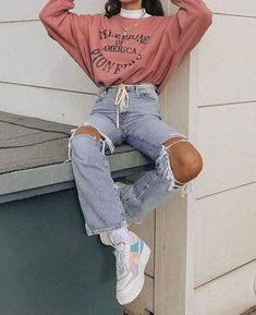 America shared by 𝑴𝒓 𝒂𝒏𝒈𝒆𝒍𝒐 on We Heart It Edgy Outfits America heart shared 𝚖𝚎 𝒍𝒊𝒍𝒍𝒊𝒂 Skater Girl Outfits, Teen Fashion Outfits, Edgy Outfits, Mode Outfits, Retro Outfits, Look Fashion, 90s Fashion, Korean Fashion, Edgy School Outfits